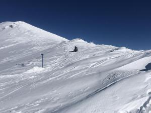 snowmobiling (2)